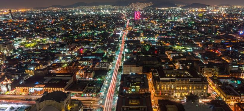 Mexico City by Night. Photo by Boris G/Flickr.