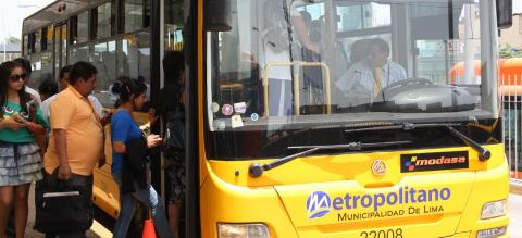 Metropolitano BRT in Lima, Peru. Photo by EMBARQ.