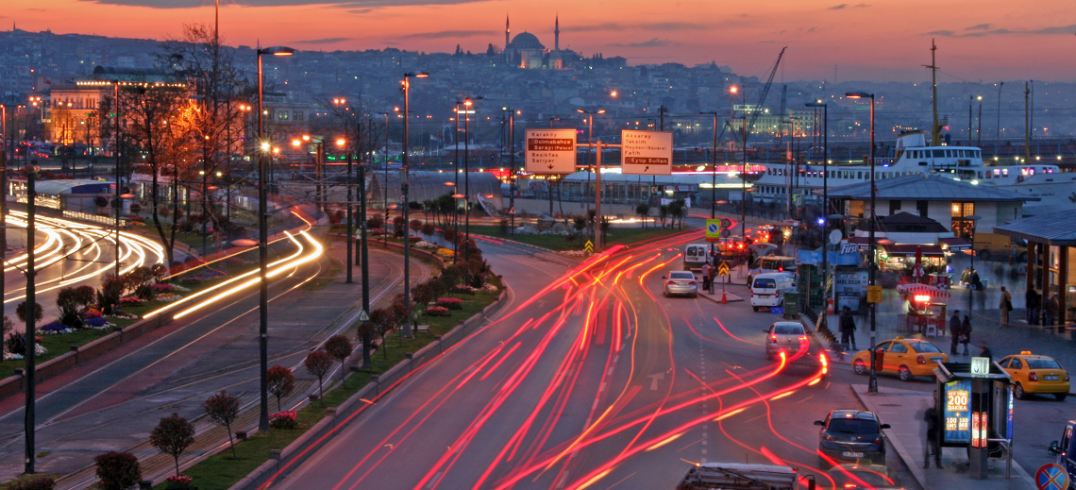 Traffic illuminates Istanbul, Turkey. Photo by Novemberdelta/Flickr.